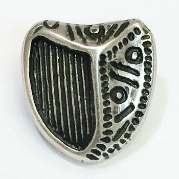 M-025 Antique Silver, Irish Coat of Arms Button