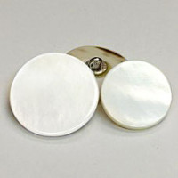 RSW-111 White Rivershell Shank  Button