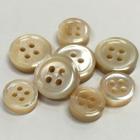 TR-8 / N - Beige Trocas Shell Shirt Button - 3.5mm thick - 2 Sizes