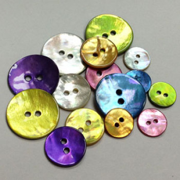 1005 Dyeable Agoya Shell Button - in 6 Colors and 3 Sizes