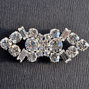 RHF-105 Rhinestone 2-piece Frog Closure