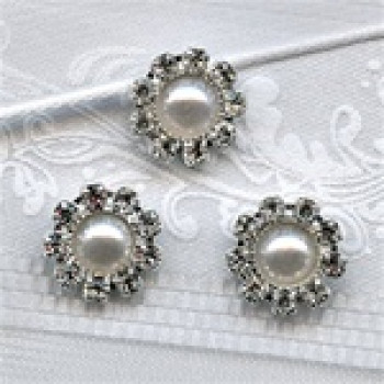 RHP-002 Pearl and Rhinestone Button