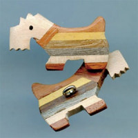 WD-240 RN-Scottie Dog Wood Button