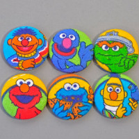 F-1330 Sesame Street Buttons (Set of 6)