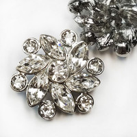 Rhinestone buttons - Swarovski crystal buttons ...