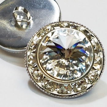 7104A - Silver and Swarovski Crystal Rhinestone Button, 7/8""